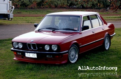 BMW 5 series E12, E28 Service Manual 1972-1987